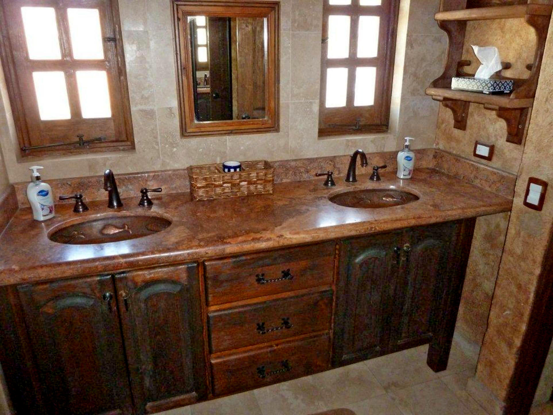 Cabo San Lucas, 2 Bedrooms Bedrooms, ,2 BathroomsBathrooms,Condo,For Sale,Paseo de la Marina,19-184