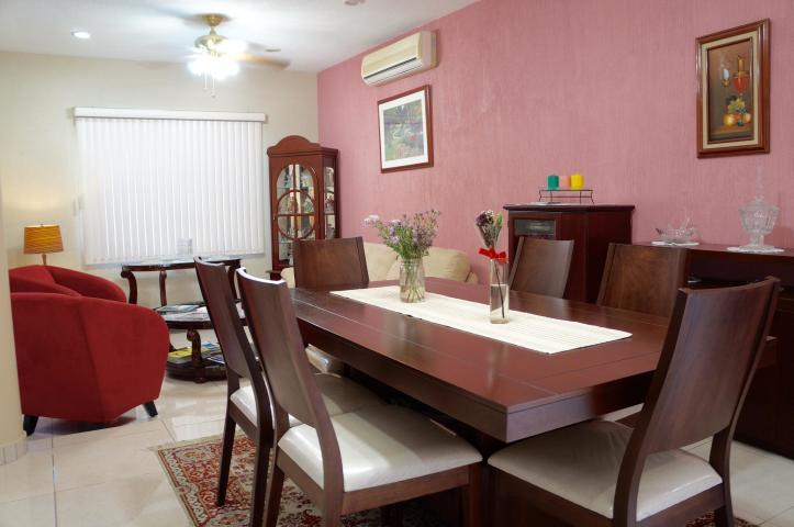 La Paz, 3 Bedrooms Bedrooms, ,3 BathroomsBathrooms,House,For Sale,San Marino,19-320