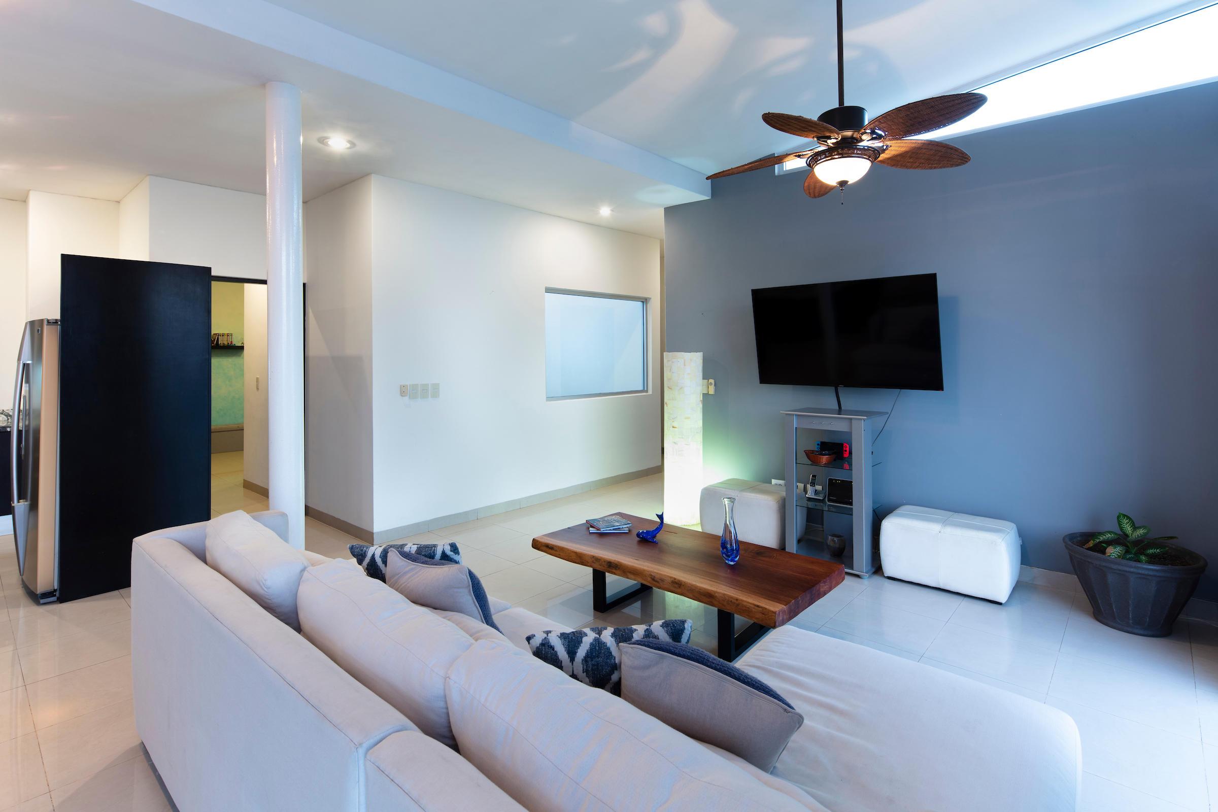 Cabo San Lucas, 3 Bedrooms Bedrooms, 3 Rooms Rooms,3 BathroomsBathrooms,Condo,For Sale,Blue Bay,19-293