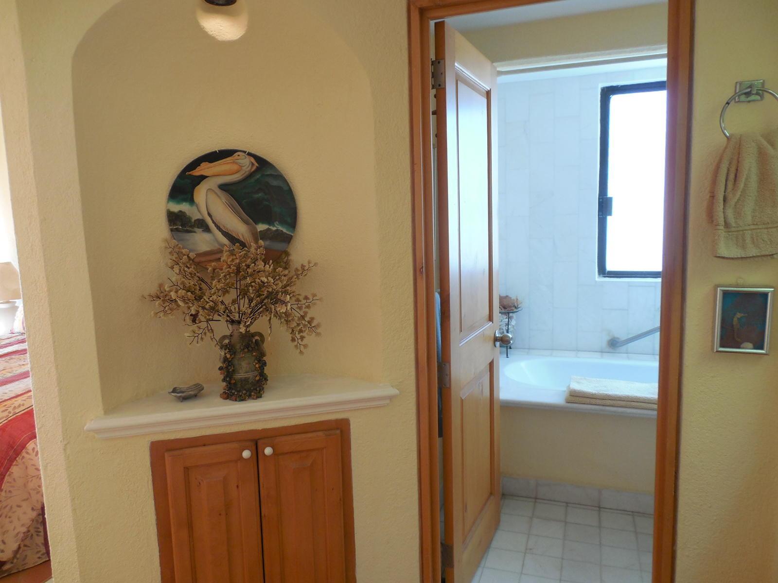 Pelicano 203, Casa del Mar-8