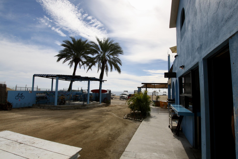 T s Beach Bar-16