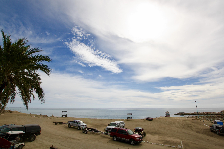 T s Beach Bar-1