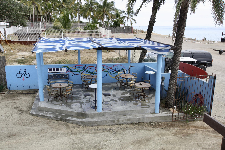 T s Beach Bar-22
