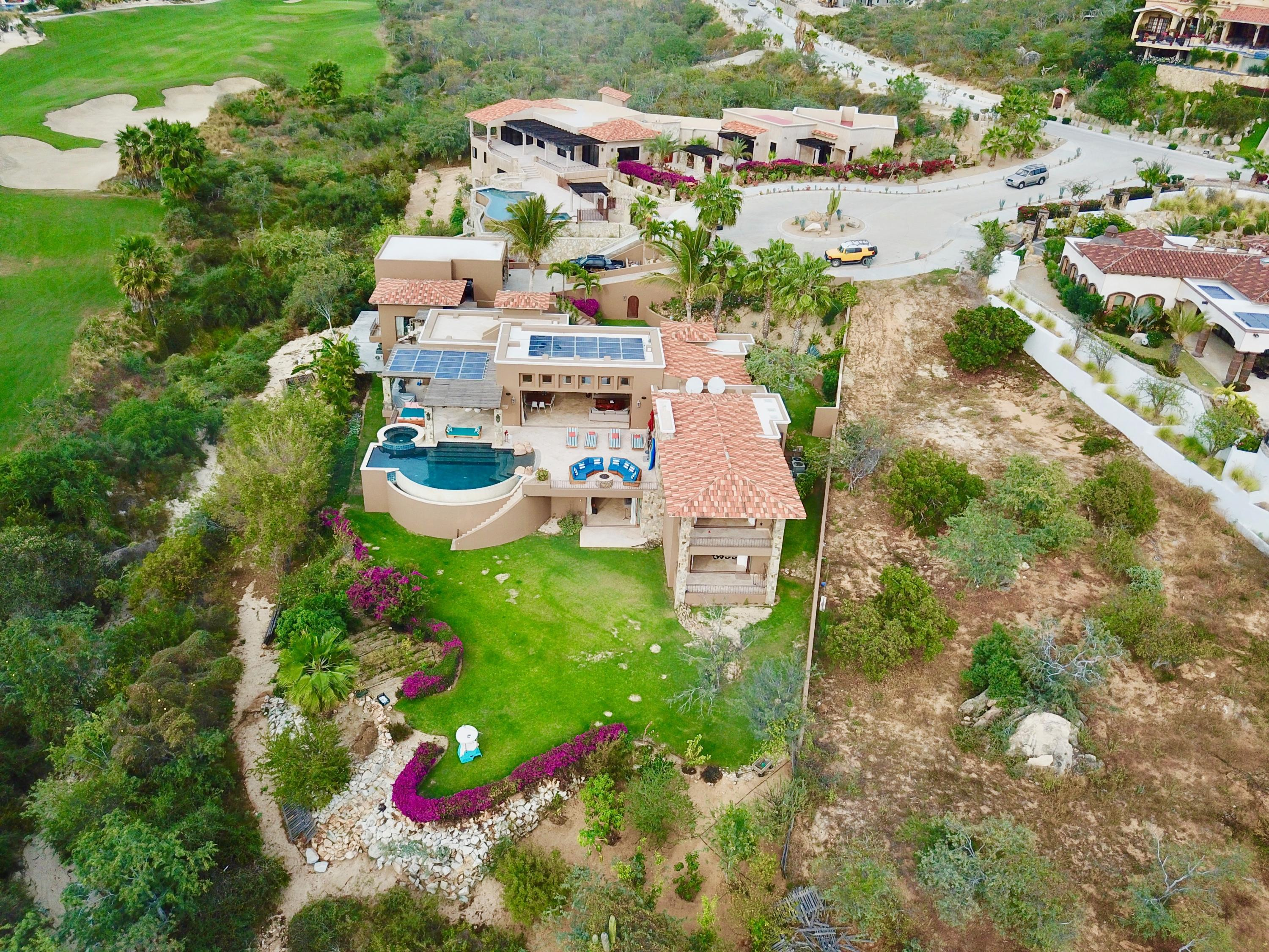 San Jose del Cabo, 5 Bedrooms Bedrooms, ,5 BathroomsBathrooms,House,For Sale,Padre Salvatierra,19-376