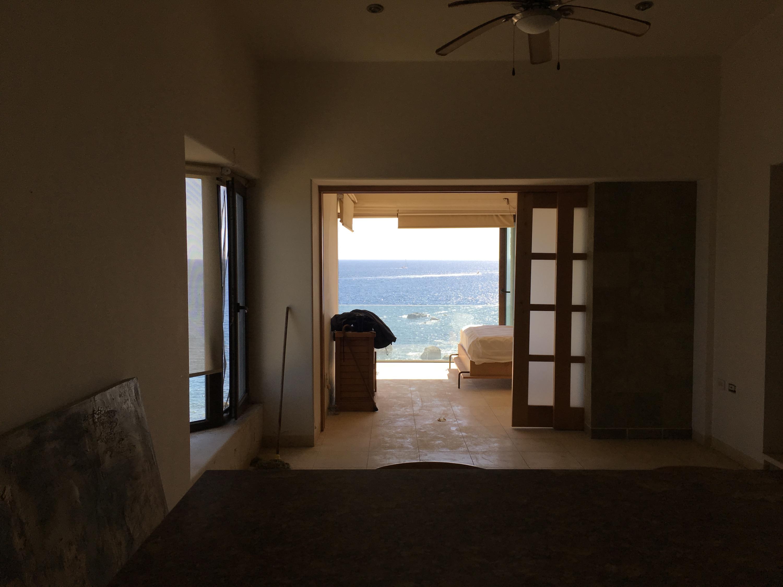 Oceanfront Penthouse-17