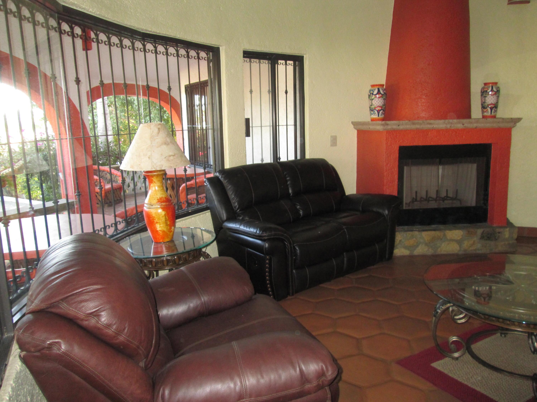 San Jose del Cabo, 2 Bedrooms Bedrooms, ,2 BathroomsBathrooms,House,For Sale,Plumosa,19-556