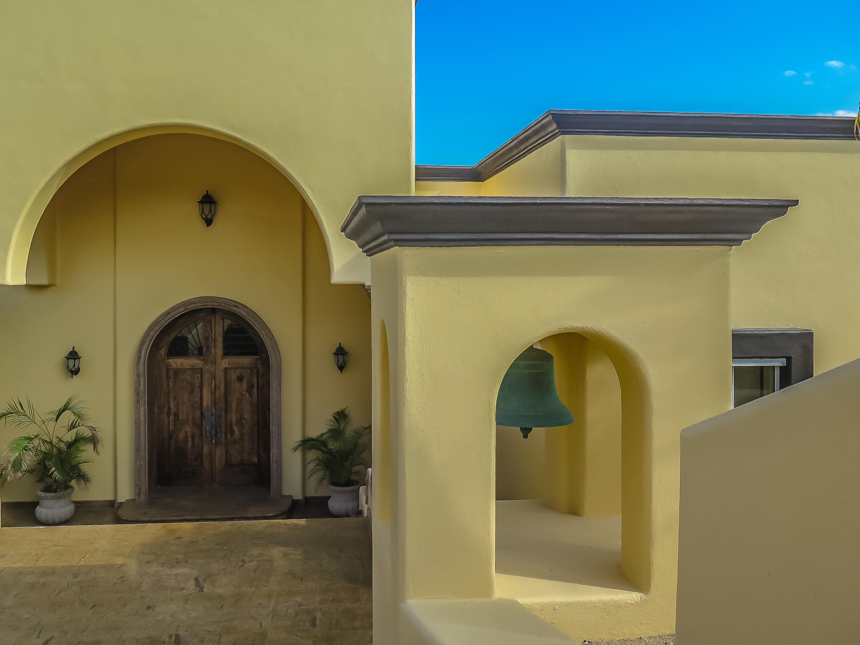 East Cape, 4 Bedrooms Bedrooms, ,4 BathroomsBathrooms,House,For Sale,Calle Pez Vela,19-427