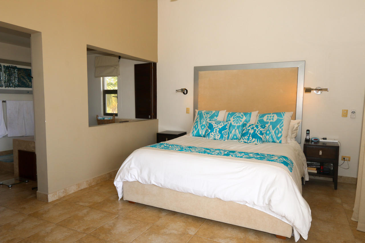 San Jose del Cabo, 3 Bedrooms Bedrooms, ,3 BathroomsBathrooms,House,For Sale,La Jolla Residential,19-735