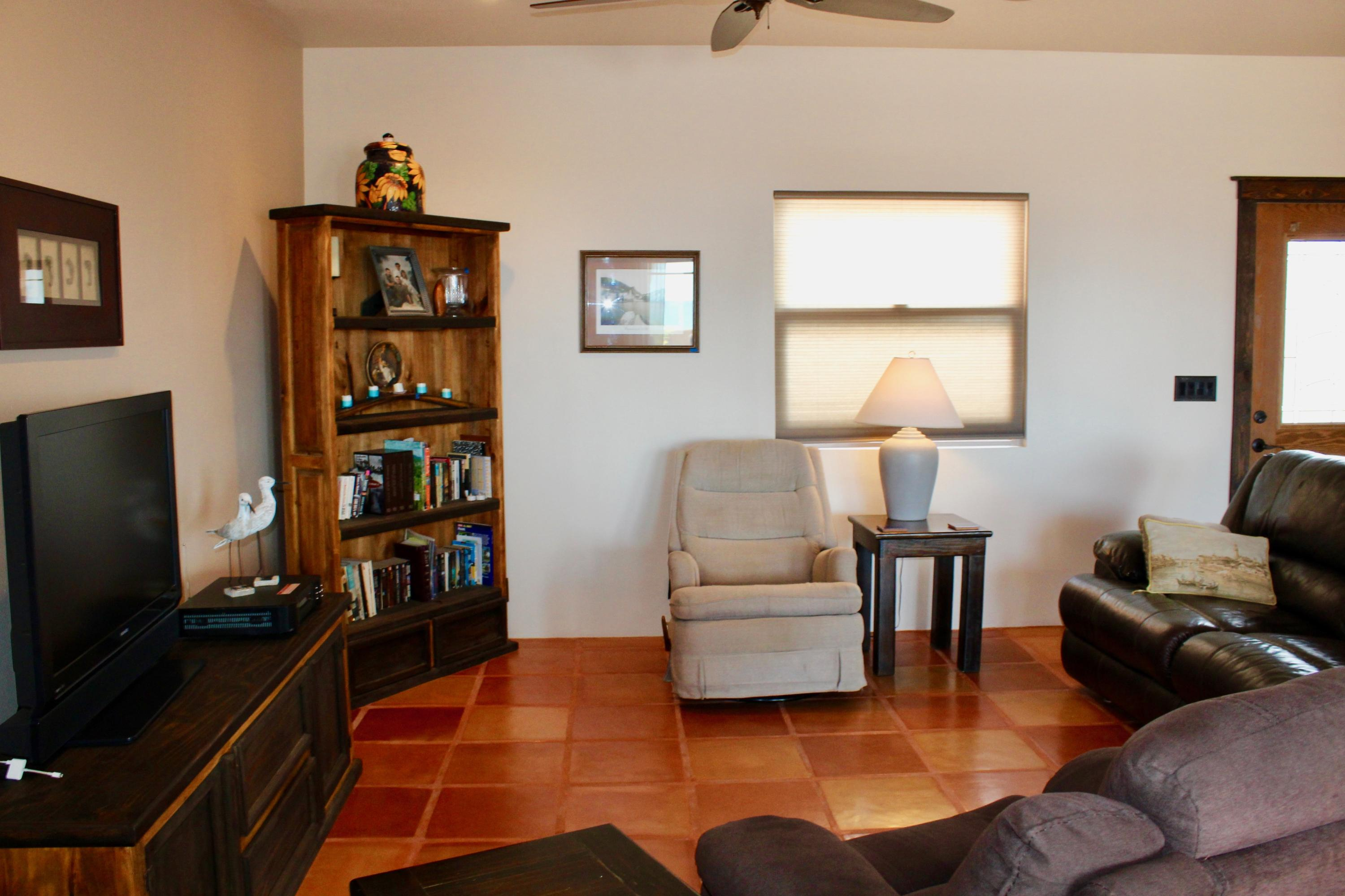 Pacific, 4 Bedrooms Bedrooms, ,2 BathroomsBathrooms,House,For Sale,Calle Acceso,19-659