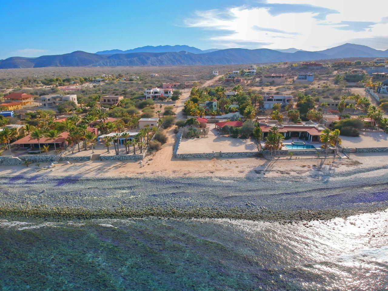 King beachfront home-1