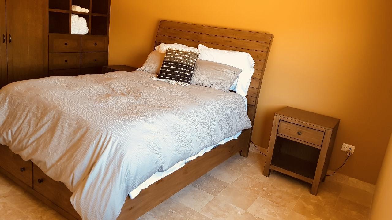 Cabo Corridor, 3 Bedrooms Bedrooms, ,2 BathroomsBathrooms,Condo,For Sale,WITH FINANCING,19-686