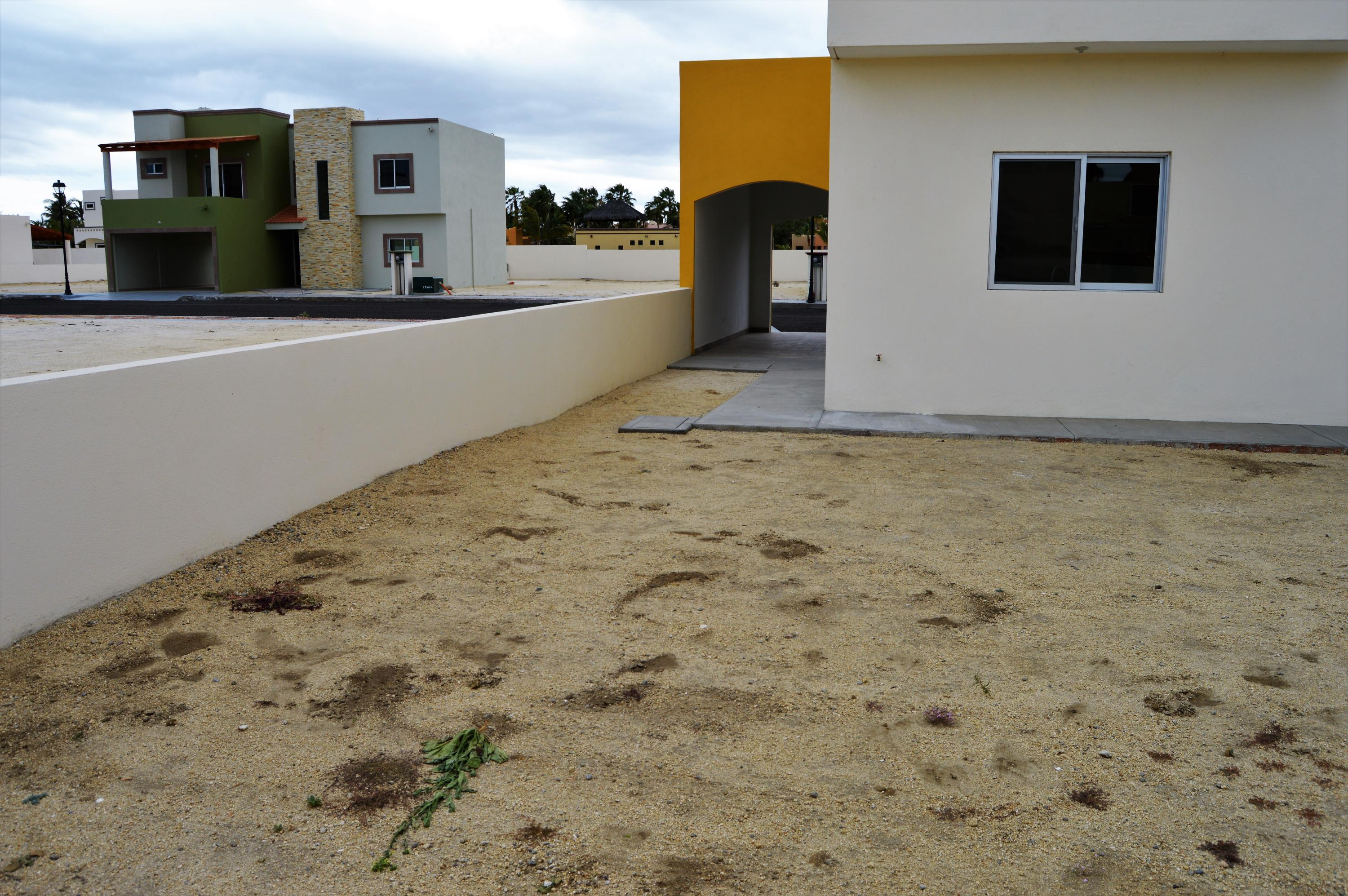 East Cape, 4 Bedrooms Bedrooms, ,4 BathroomsBathrooms,House,For Sale,Bahia Residencial Los Barriles,19-480