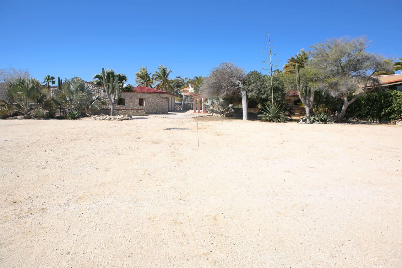 King beachfront home-7