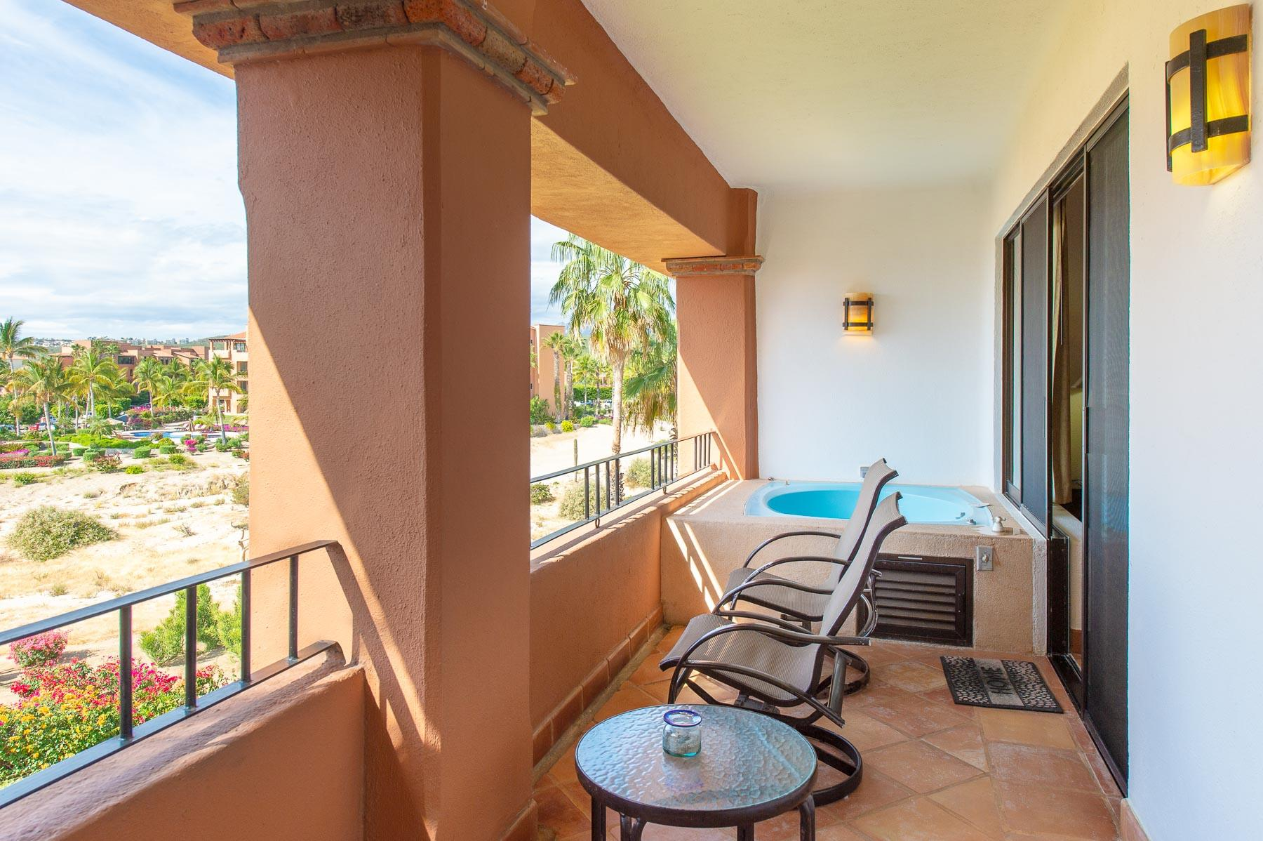 San Jose Corridor, 2 Bedrooms Bedrooms, 6 Rooms Rooms,2 BathroomsBathrooms,Condo,For Sale,Casa del Mar,19-882