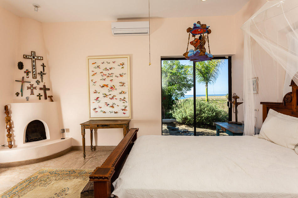 Pacific, 2 Bedrooms Bedrooms, ,2 BathroomsBathrooms,House,For Sale,San Sebastian,19-879