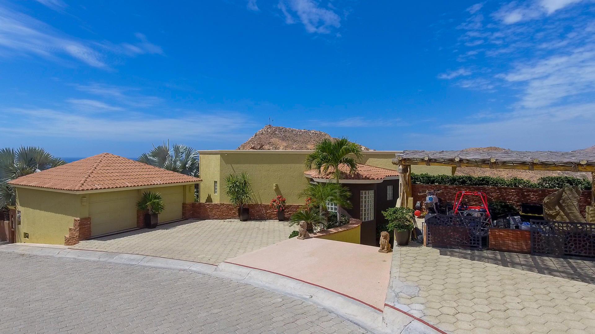 Bajasmart Real Estate | Casa Lean