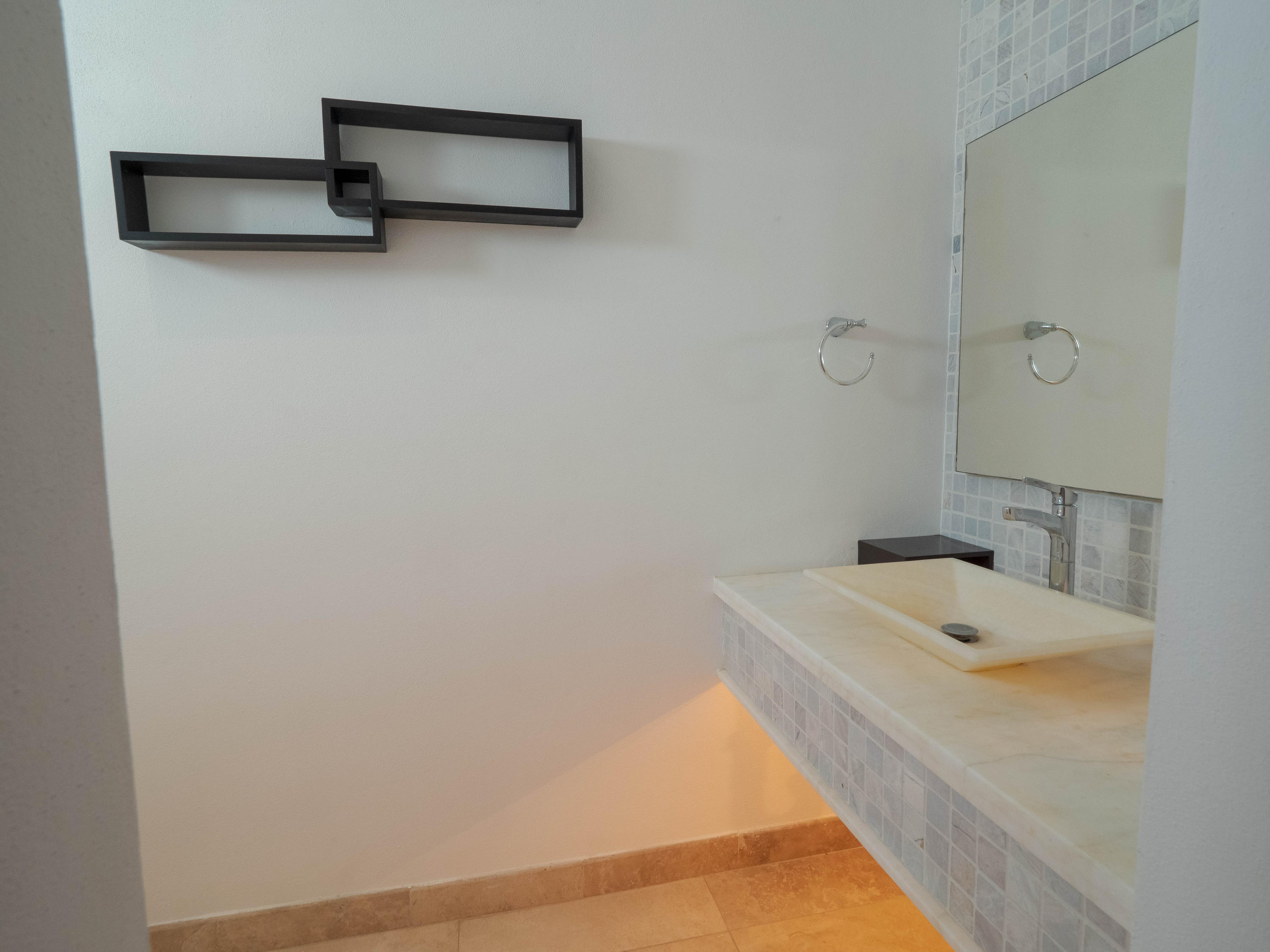 Cabo Corridor, 3 Bedrooms Bedrooms, ,3 BathroomsBathrooms,House,For Sale,MZA 15,19-1193