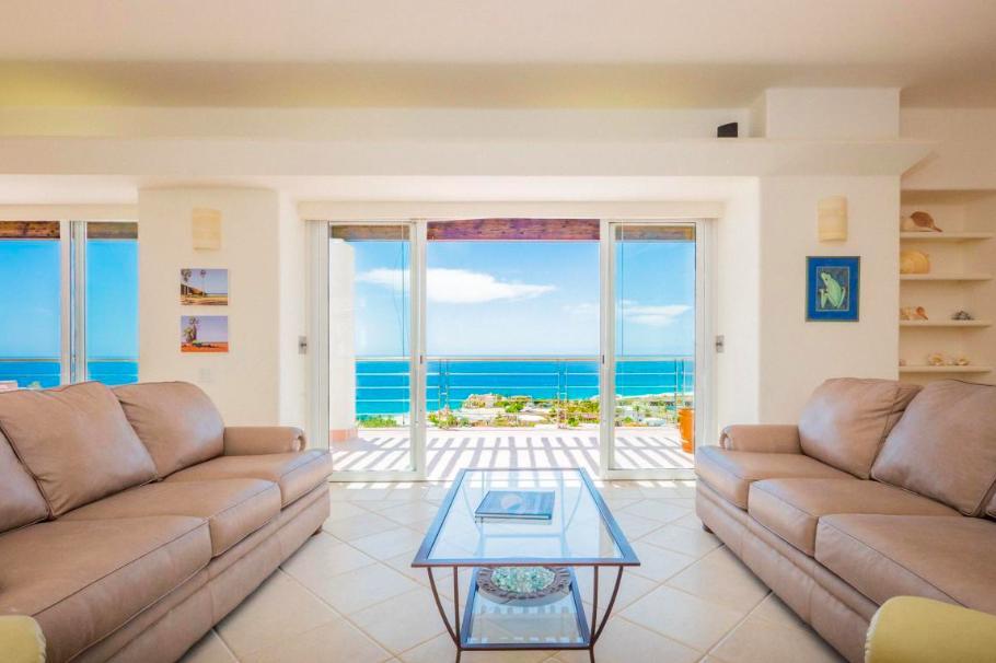 Cabo San Lucas, 7 Bedrooms Bedrooms, ,7 BathroomsBathrooms,House,For Sale,Pedregal de Cabo San Lucas,18-2890
