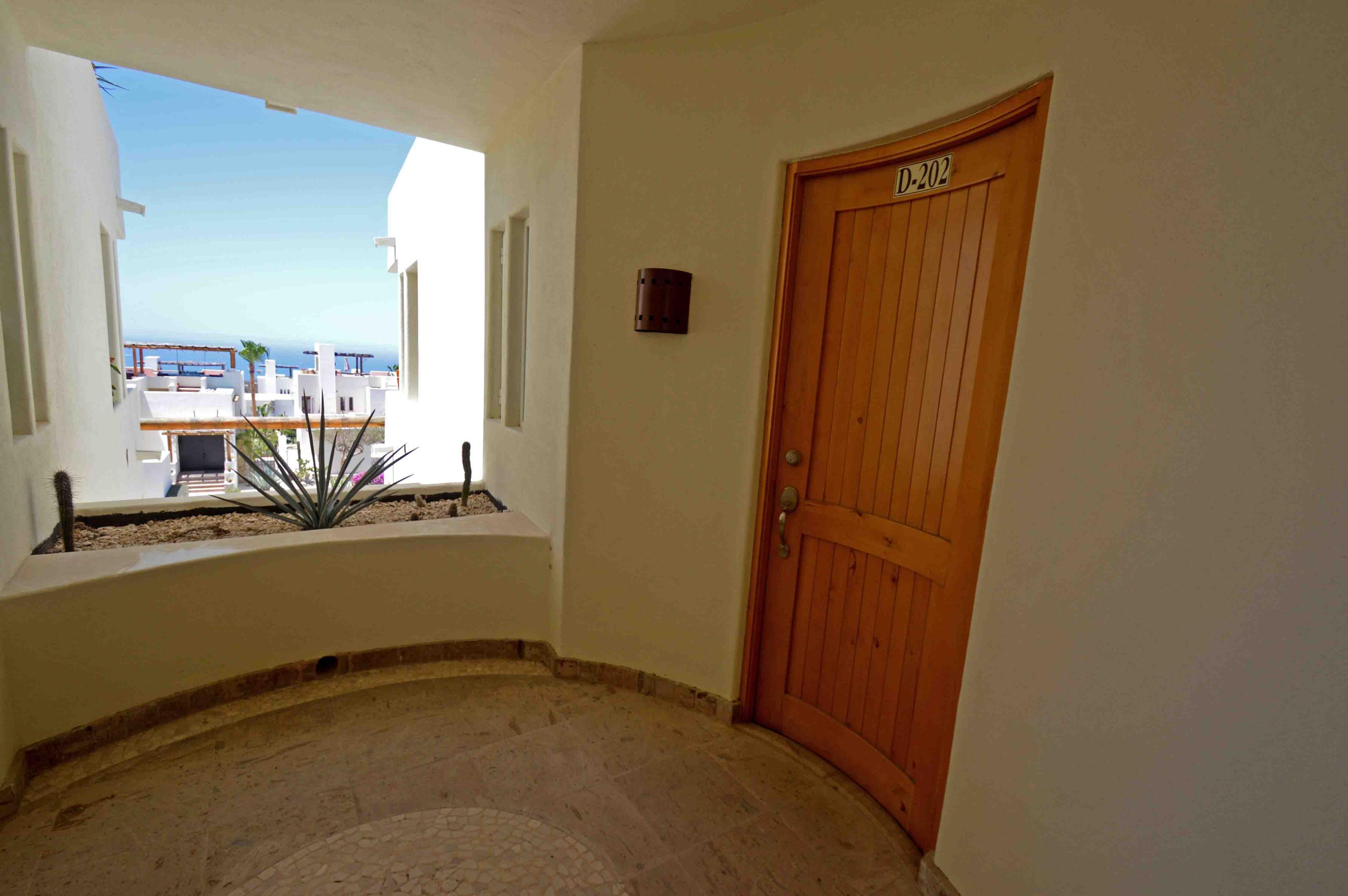 Cabo Corridor, 3 Bedrooms Bedrooms, ,3 BathroomsBathrooms,Condo,For Sale,Calle Sol,19-1371