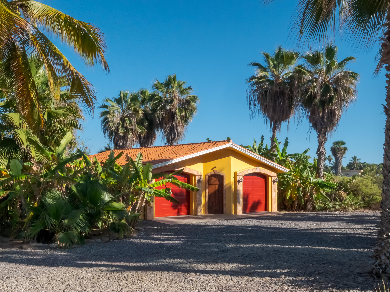 Pacific, 6 Bedrooms Bedrooms, ,4 BathroomsBathrooms,House,For Sale,Ellias Calles,19-898