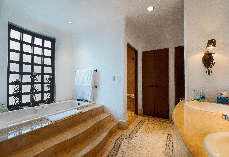 Residence 1303-6