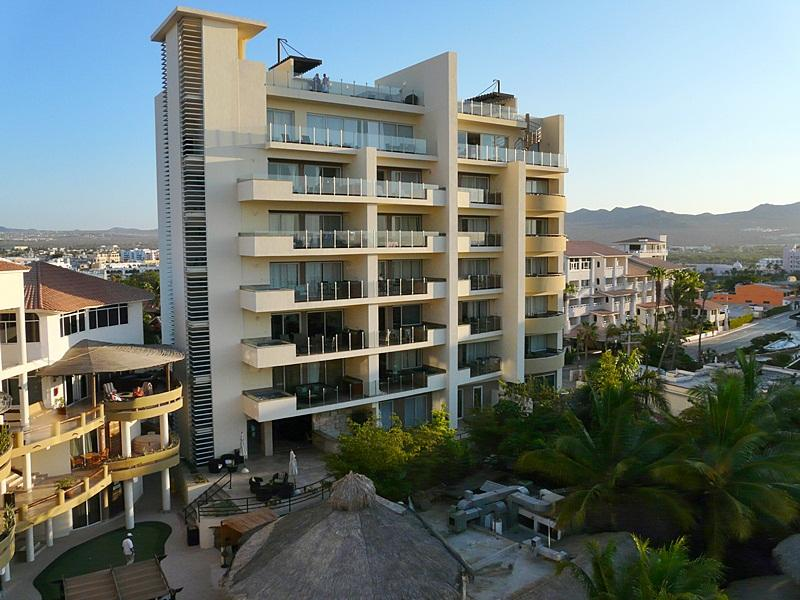 Cabo San Lucas, 2 Bedrooms Bedrooms, 6 Rooms Rooms,2 BathroomsBathrooms,Condo,For Sale,Cabo Villas / Medano Beach,19-1394