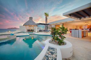 Oceanfront Villa Blue Sea