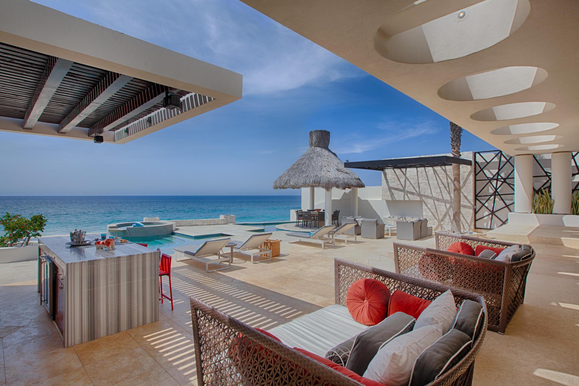 Oceanfront Villa Blue Sea-9
