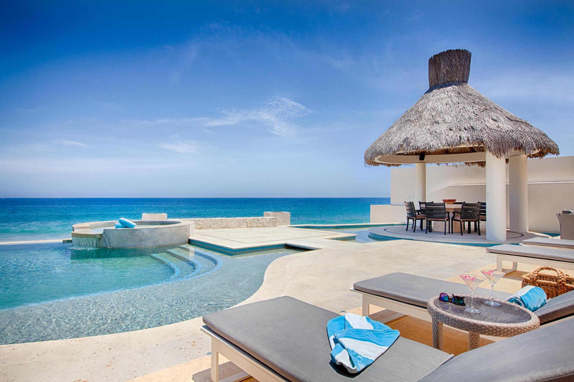 Oceanfront Villa Blue Sea-31