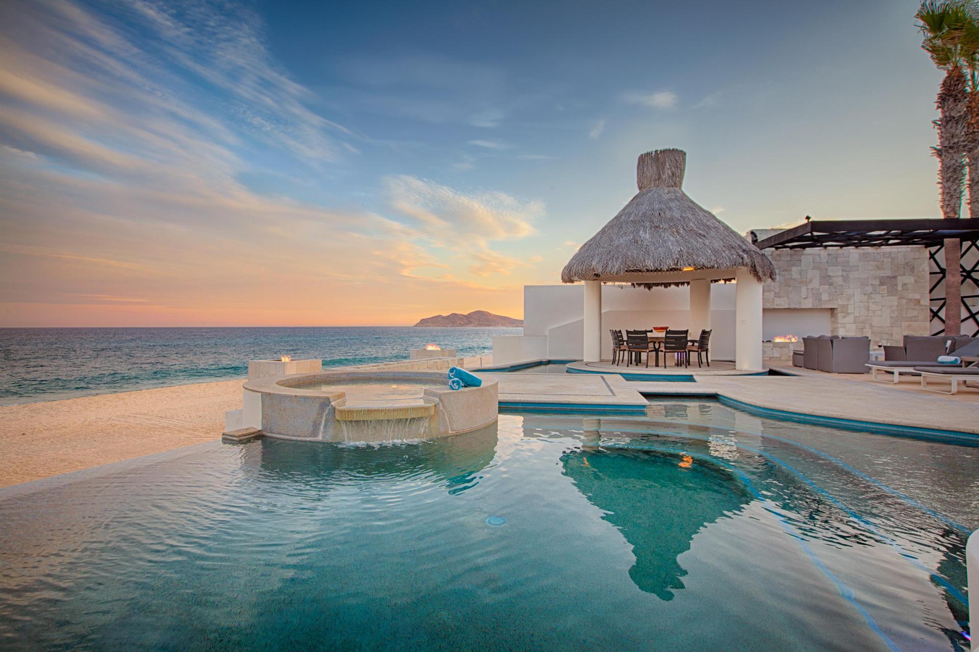 Oceanfront Villa Blue Sea-35