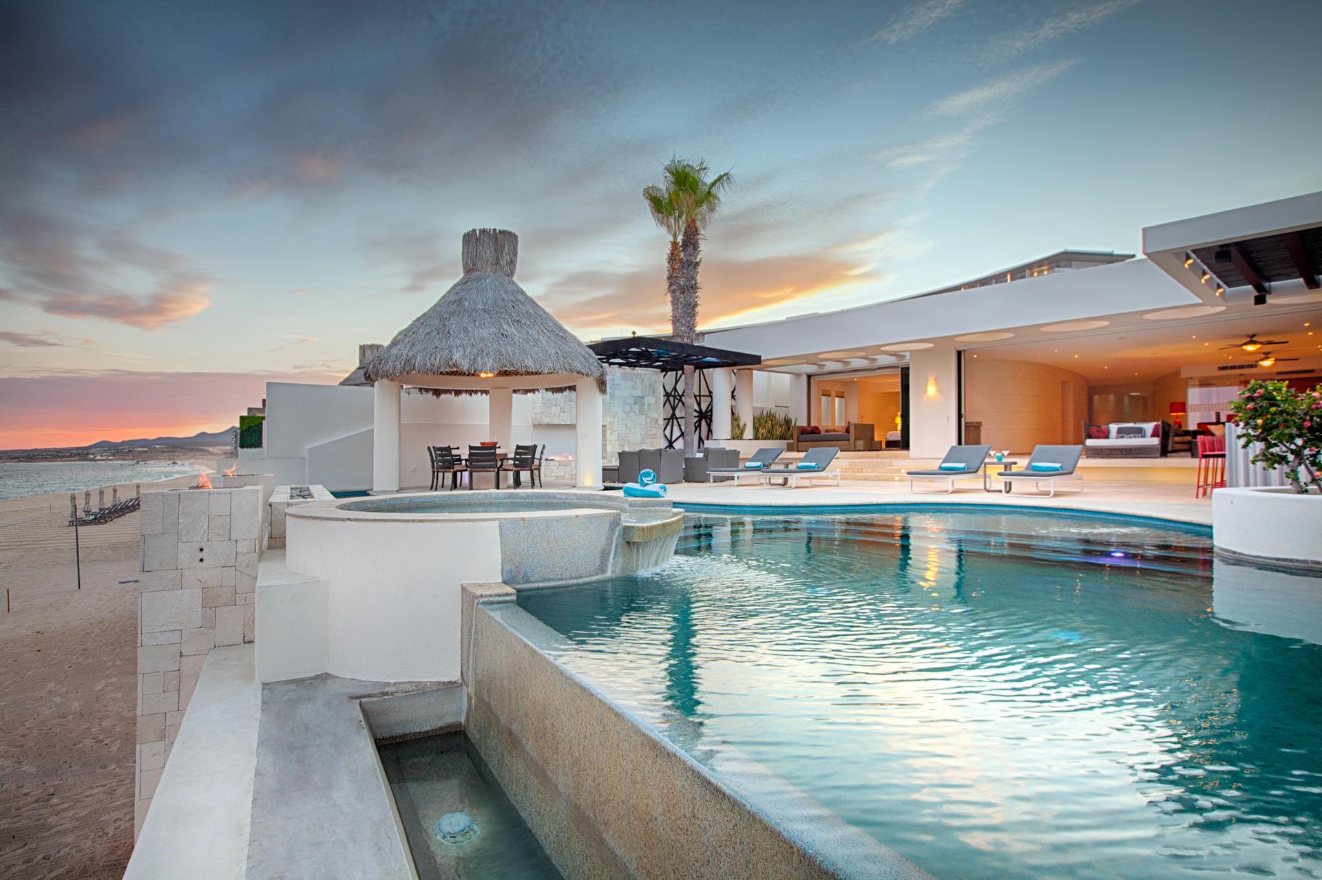 Oceanfront Villa Blue Sea-36