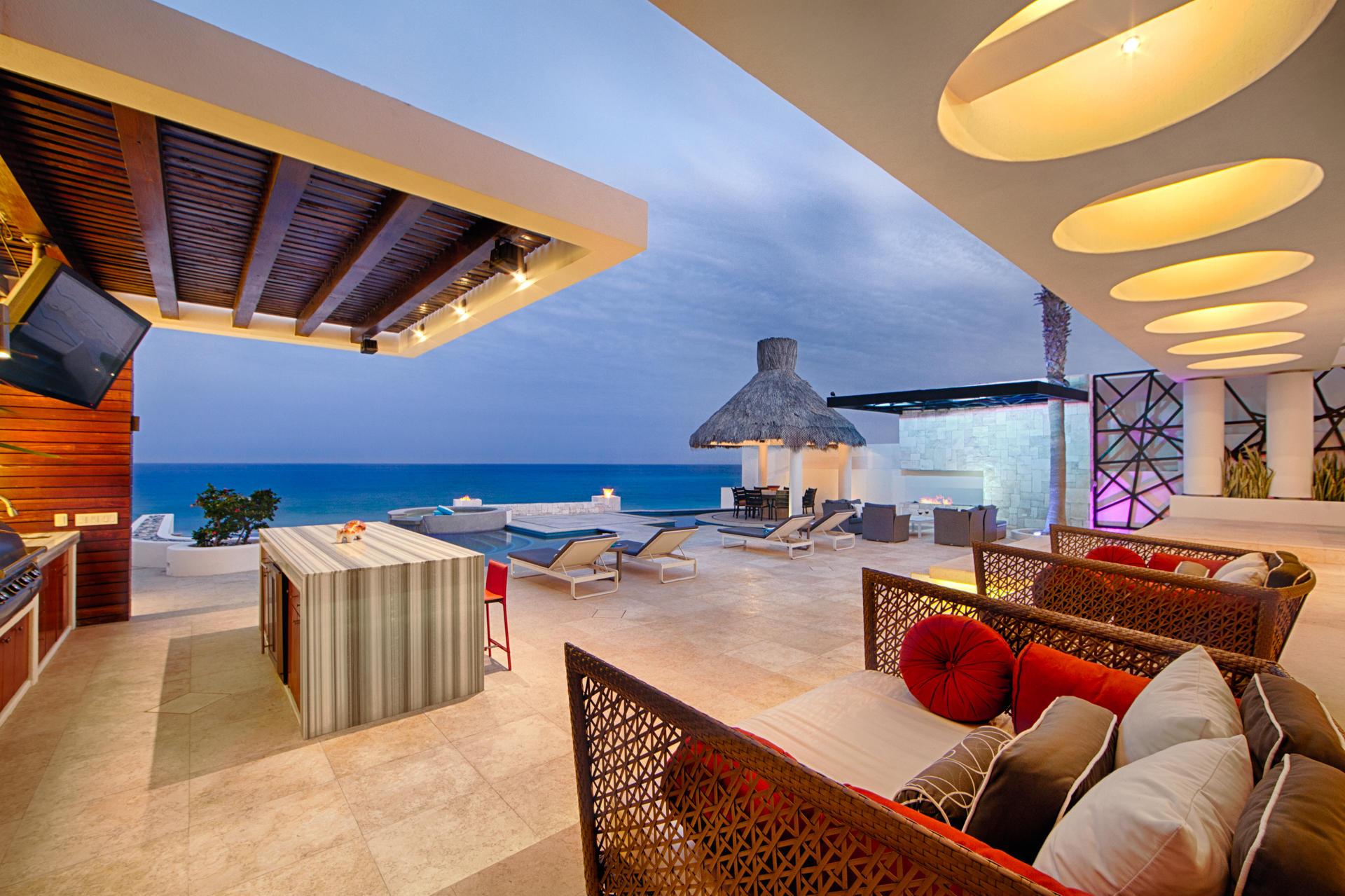 Oceanfront Villa Blue Sea-14