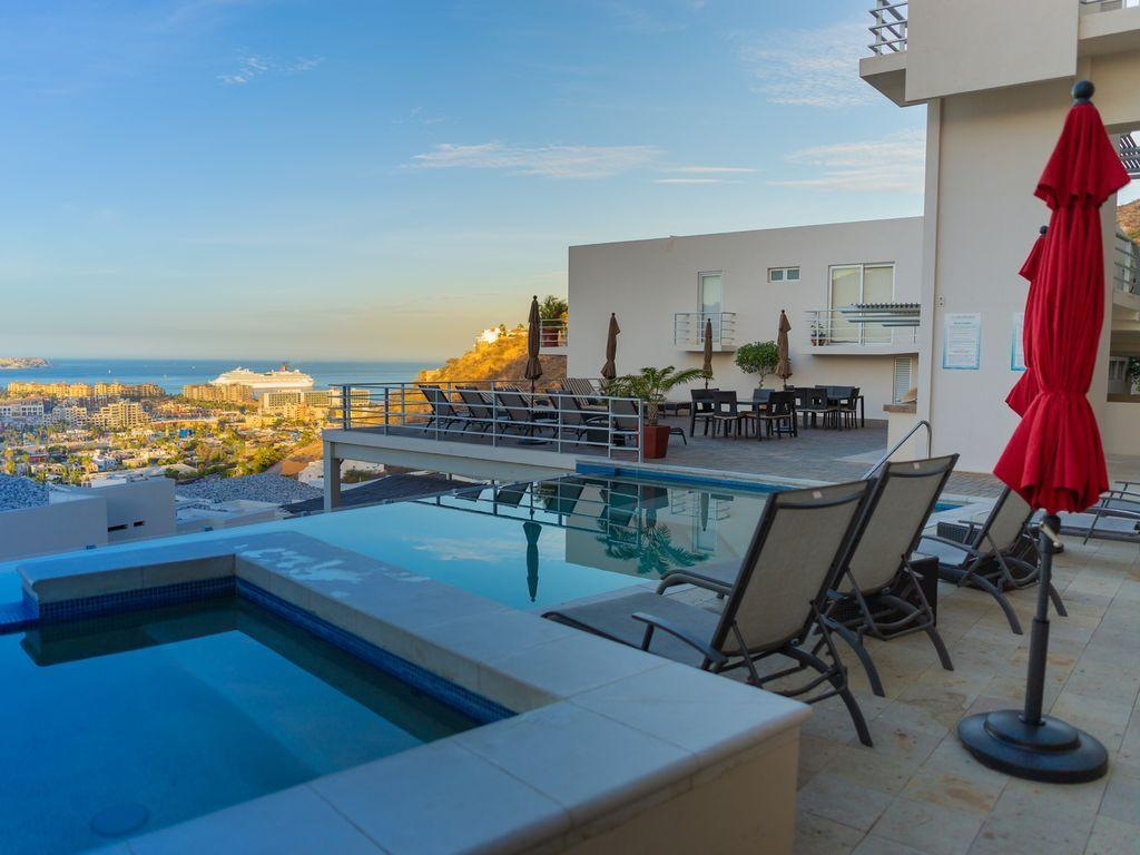 Cabo San Lucas, 2 Bedrooms Bedrooms, ,2 BathroomsBathrooms,Condo,For Sale,Camino de la Piedrera,18-2905