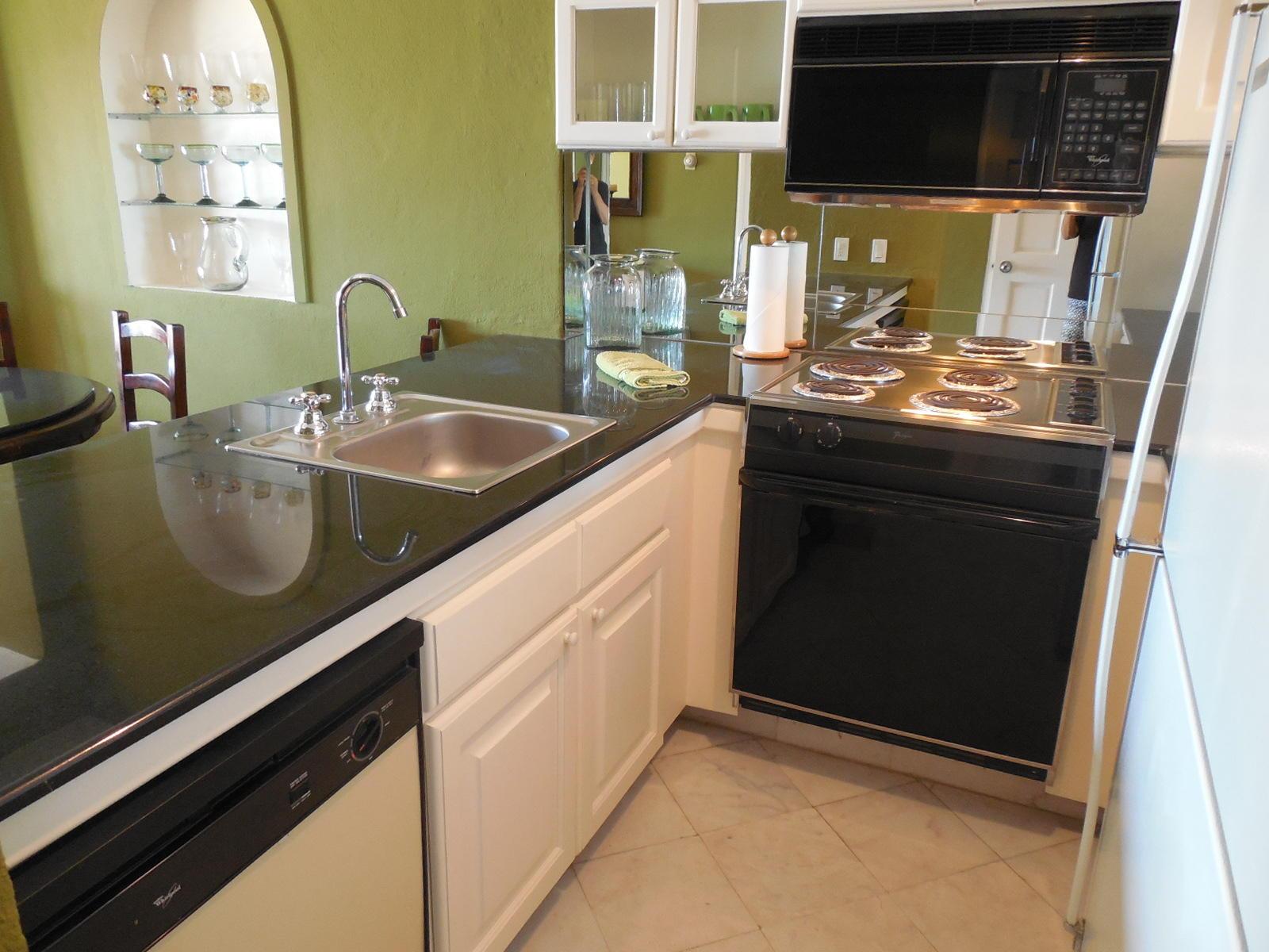 San Jose Corridor, 1 Bedroom Bedrooms, ,1 BathroomBathrooms,Condo,For Sale,KM 19.5 Carret. Trans,19-2810