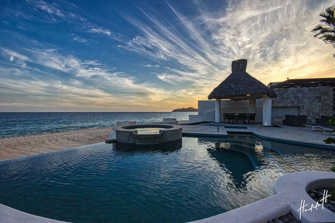 Oceanfront Villa Blue Sea-51