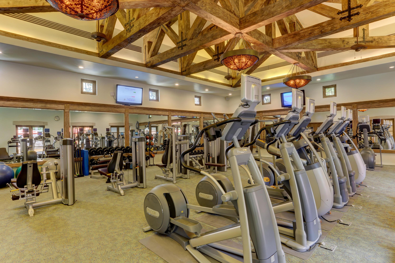 Hacienda Penthouse 3501-42