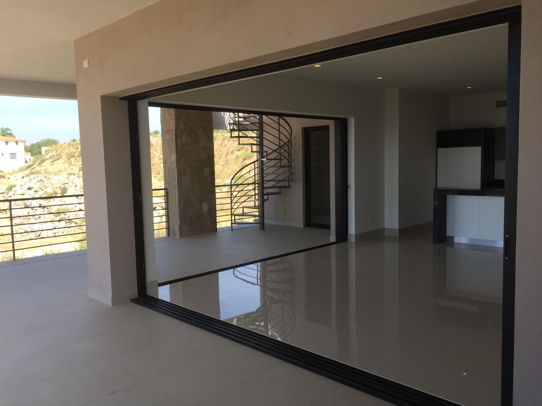 Rooftop Deck 3 Bdrm Financing-4
