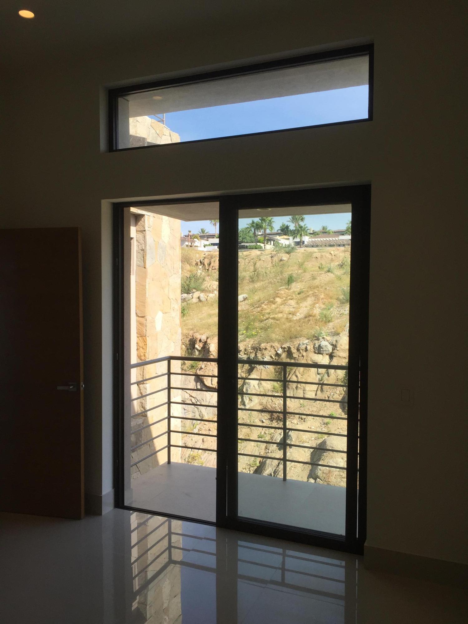 Rooftop Deck 3 Bdrm Financing-11
