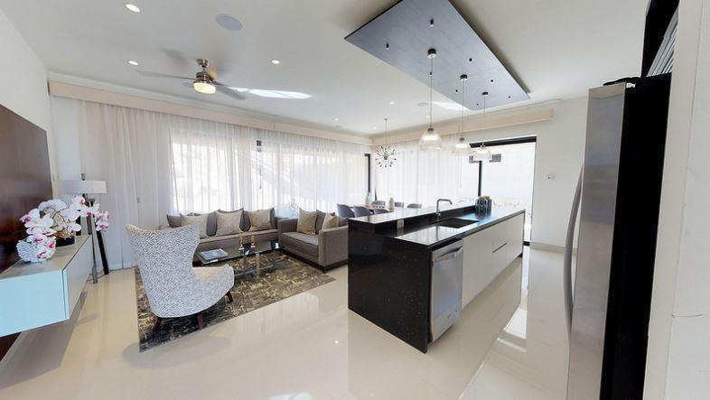 Rooftop Deck 3 Bdrm Financing-35