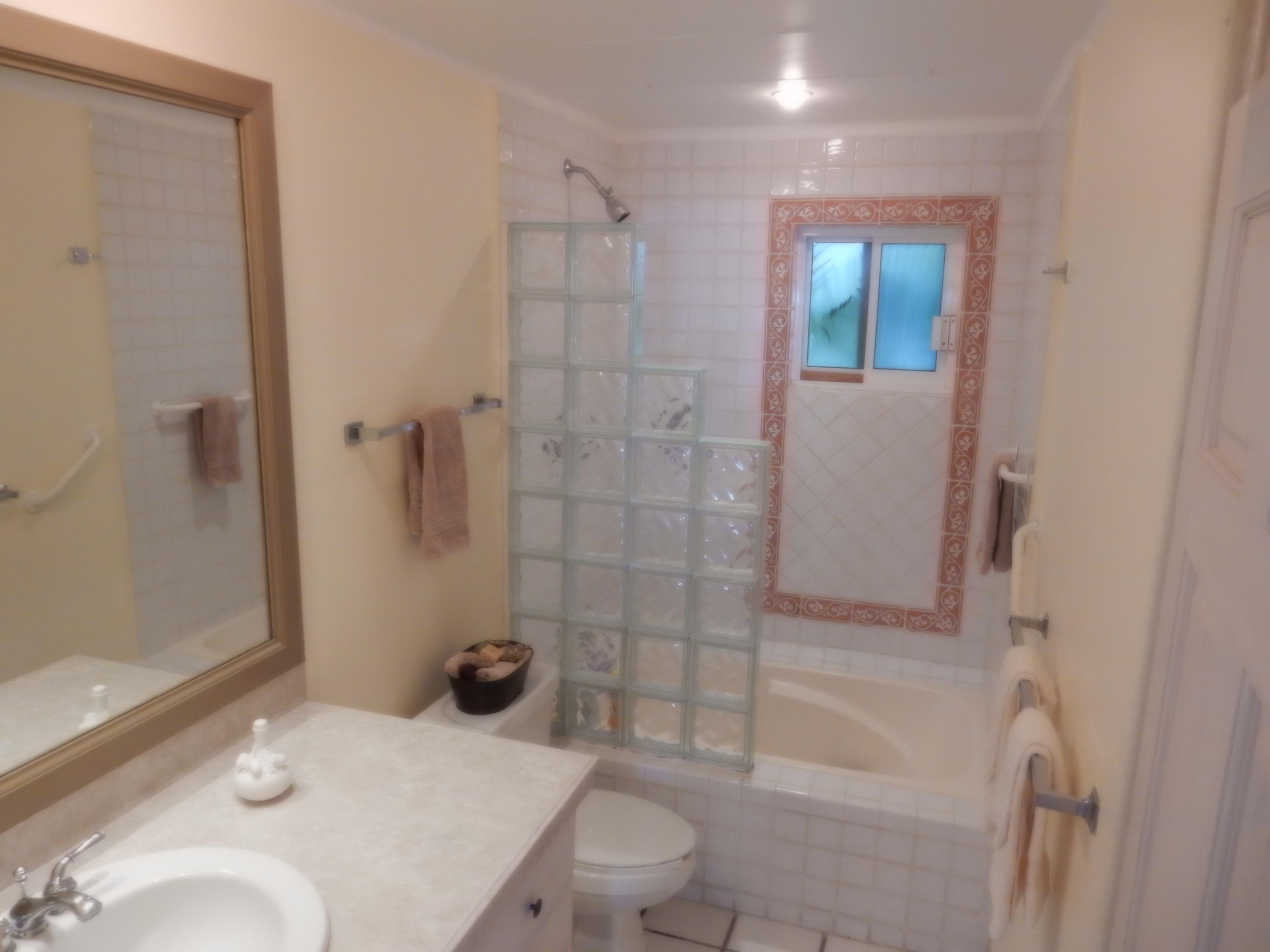 San Jose del Cabo, 2 Bedrooms Bedrooms, 5 Rooms Rooms,2 BathroomsBathrooms,Condo,For Sale,Los Frailes,19-3266