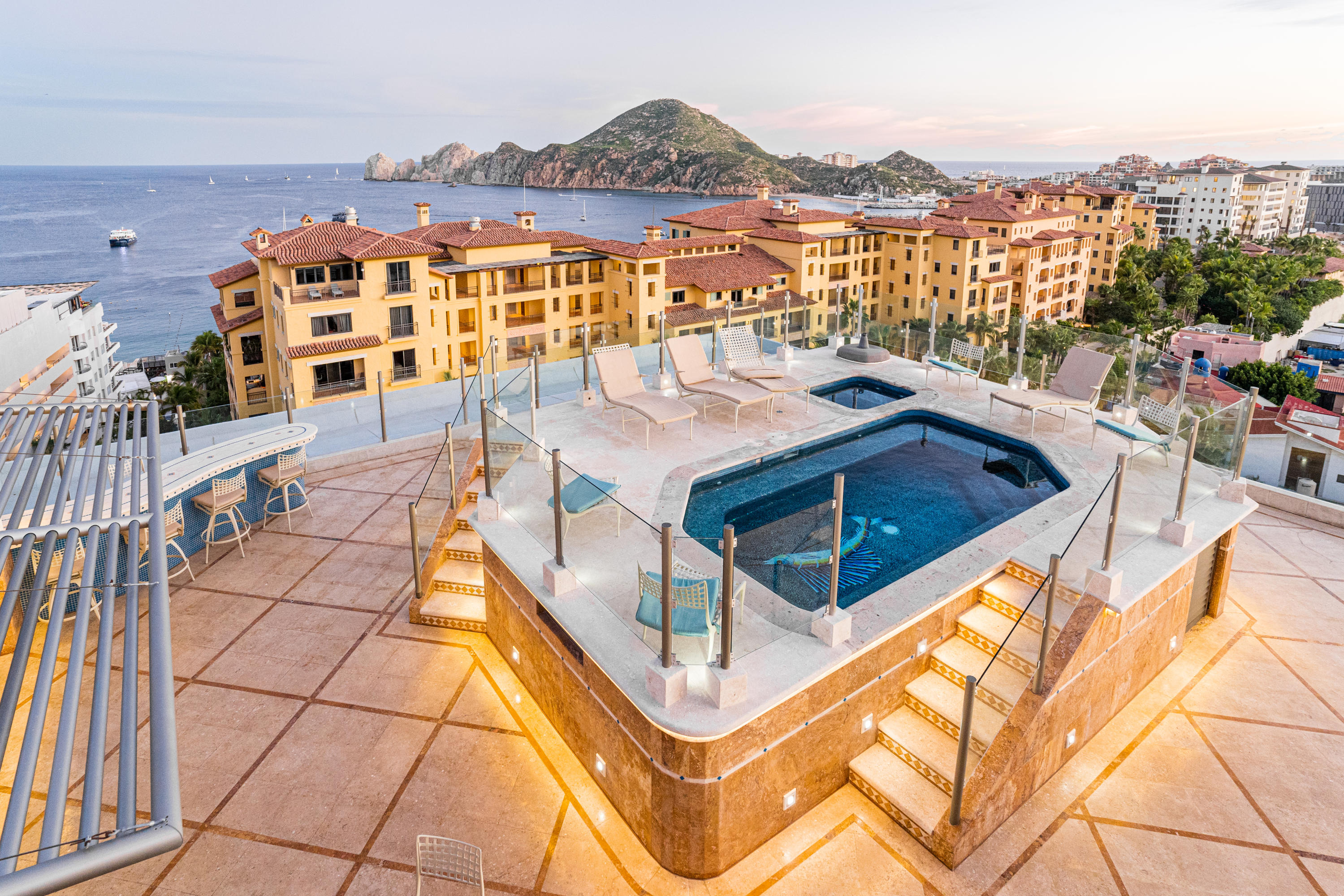 Cabo San Lucas, 3 Bedrooms Bedrooms, 3 Rooms Rooms,3 BathroomsBathrooms,Condo,For Sale,Rooftop private pool, Sauna.,18-2030
