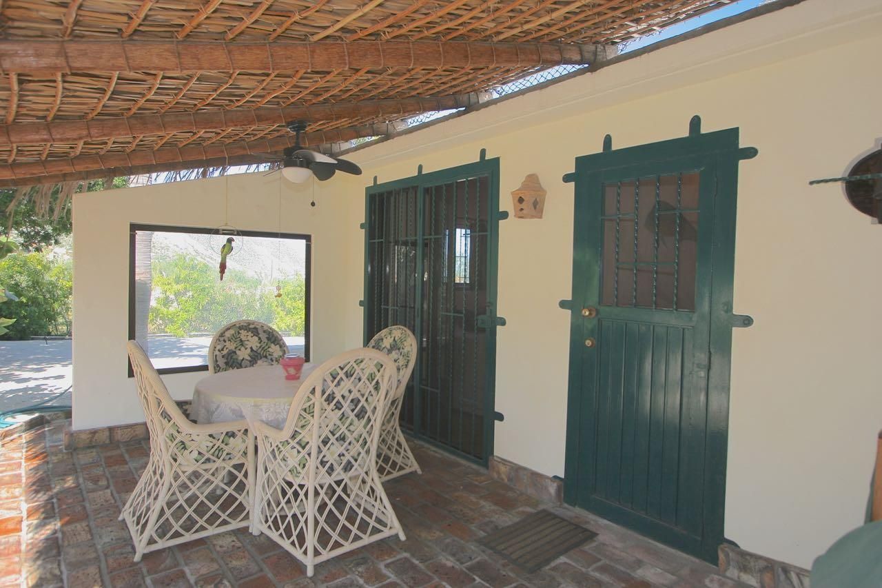 East Cape, 4 Bedrooms Bedrooms, ,2 BathroomsBathrooms,House,For Sale,on Calle de Cardonal,19-3403