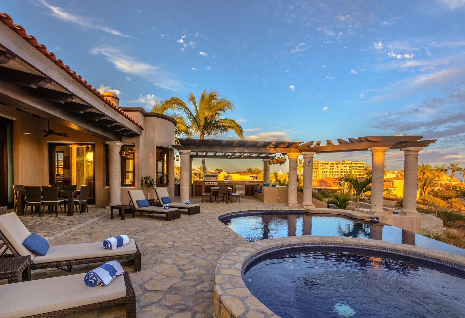 Villa Tequila Gold-36