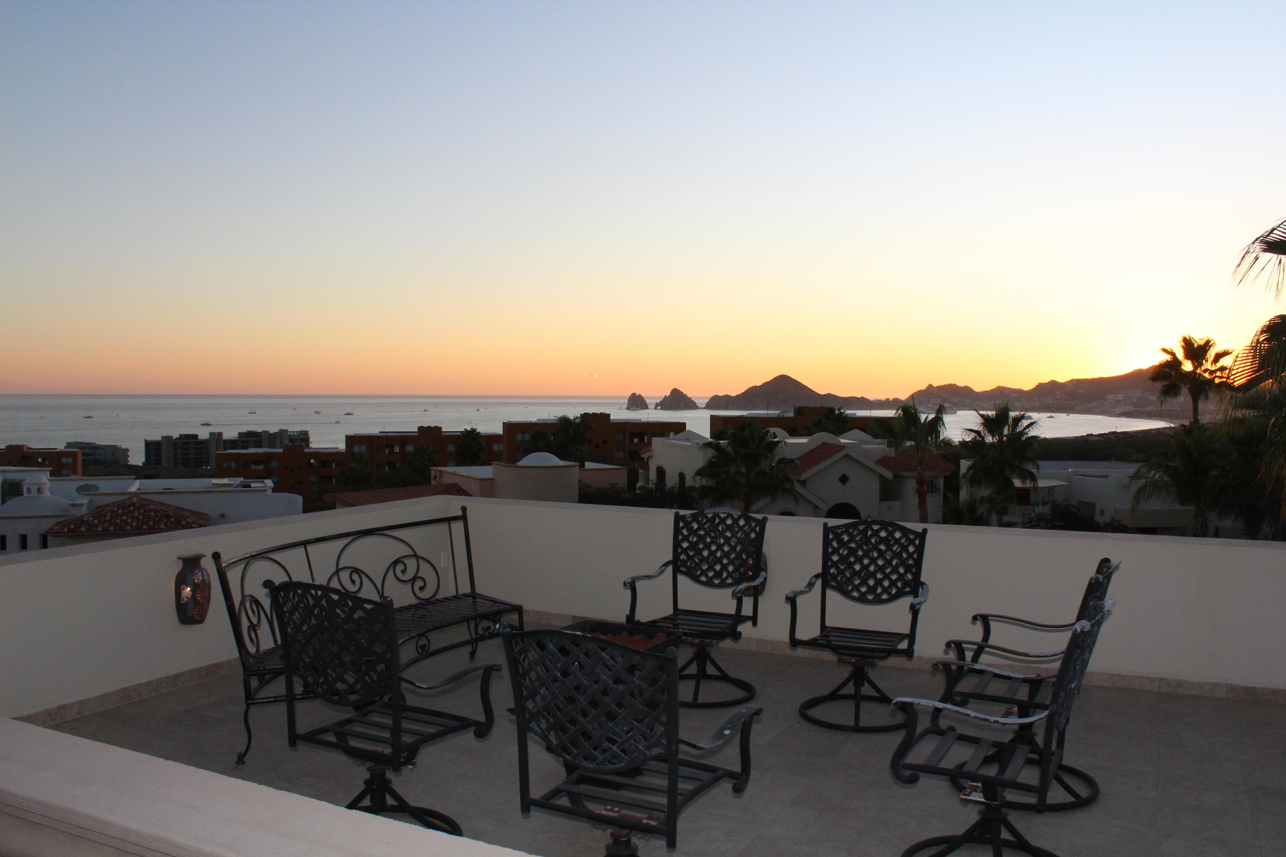 Cabo Corridor, 3 Bedrooms Bedrooms, ,2 BathroomsBathrooms,House,For Sale,Paseo del Arco,20-241