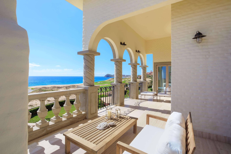 Beachfront Villa Perdiz-10