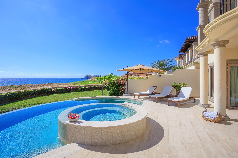 Beachfront Villa Perdiz-9