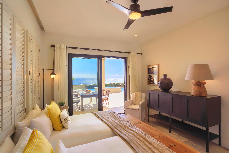 Beachfront Villa Perdiz-16