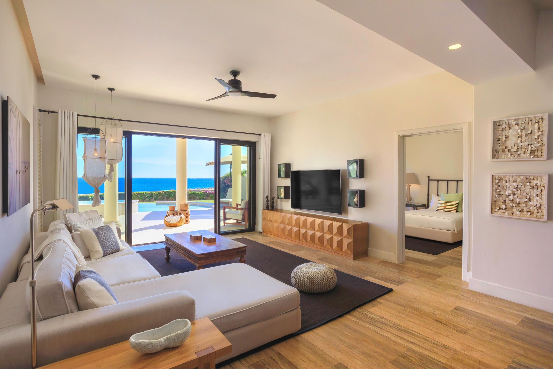 Beachfront Villa Perdiz-17