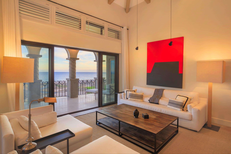 Beachfront Villa Perdiz-4