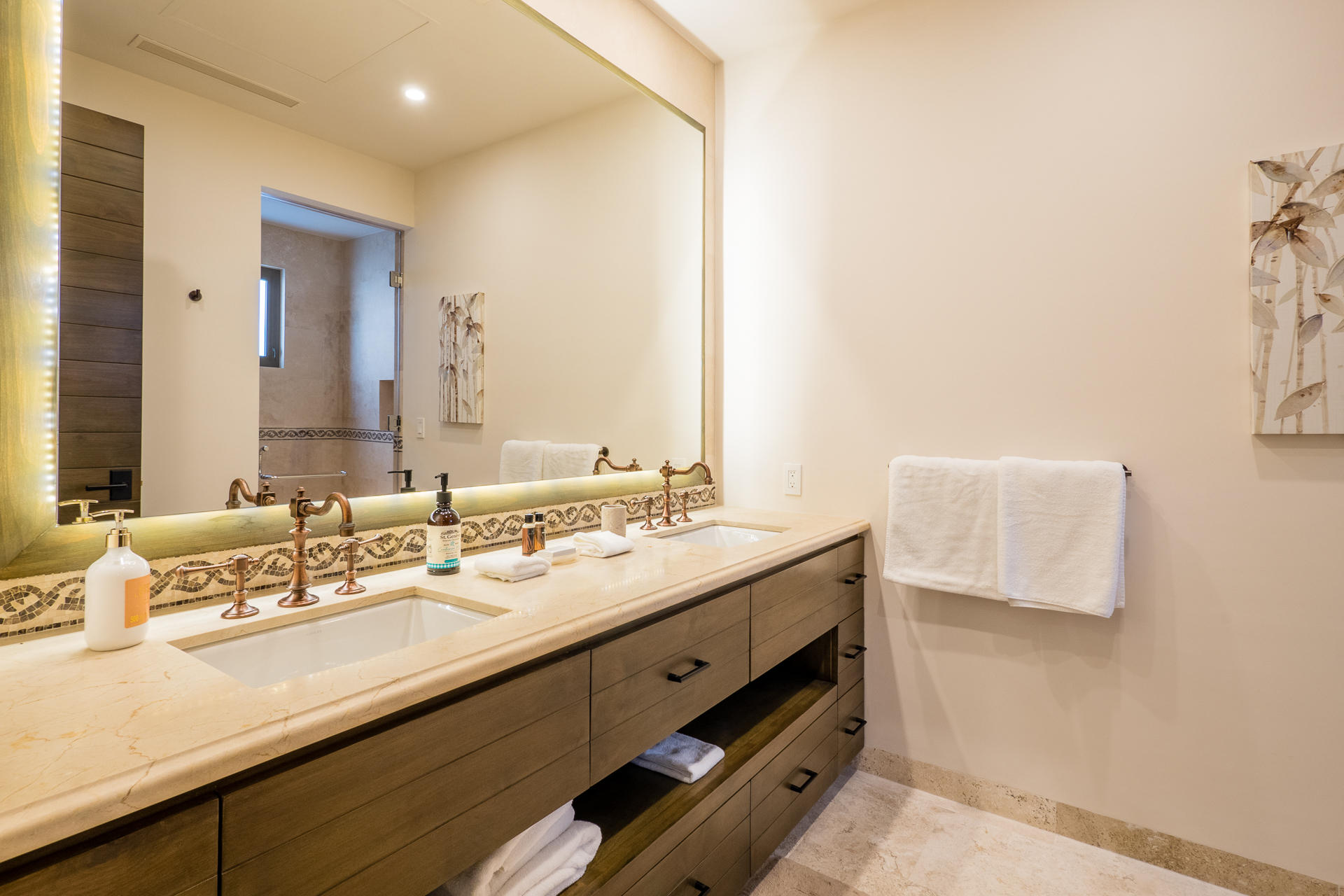 Pacific, 4 Bedrooms Bedrooms, ,4 BathroomsBathrooms,House,For Sale,CORONADO,20-388